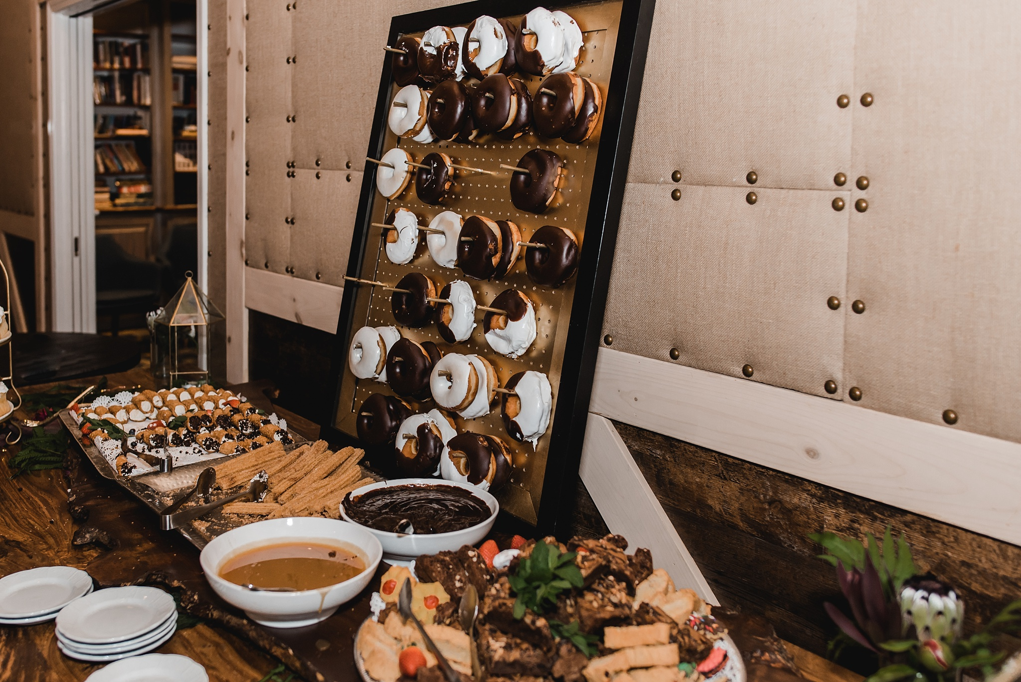 donut dessert wedding