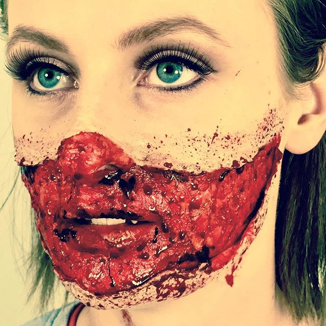 Smile! #mua #specialeffectsmakeup #sfxmakeup #sfx #sfxmakeupartist #makeup #makeupartist #blood #ksfx #ksfxmakeup