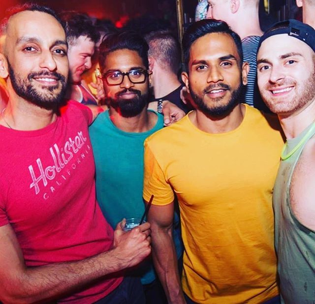 This spring weather has me dreaming of #tbt Boston 🏳️‍🌈 LGBTQ Pride Stop Light Party 🎉  #taken #single #whatever 😝 . . Come on Boston Summers! I can almost feel me inside you