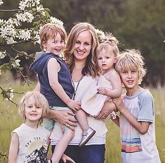Kari Breker  Karianna Photography