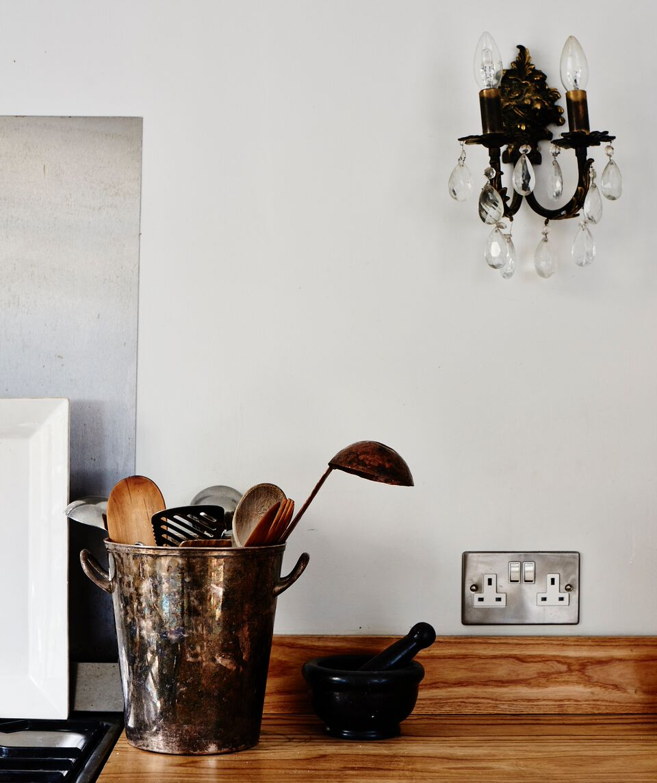 cassandra-ellis-peckham-house-countertop-detail.jpg