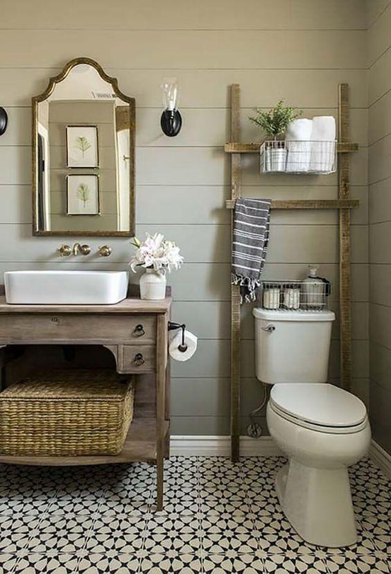 Sundling Studio - Thoughts on Shiplap - Painted Bath 2.jpg