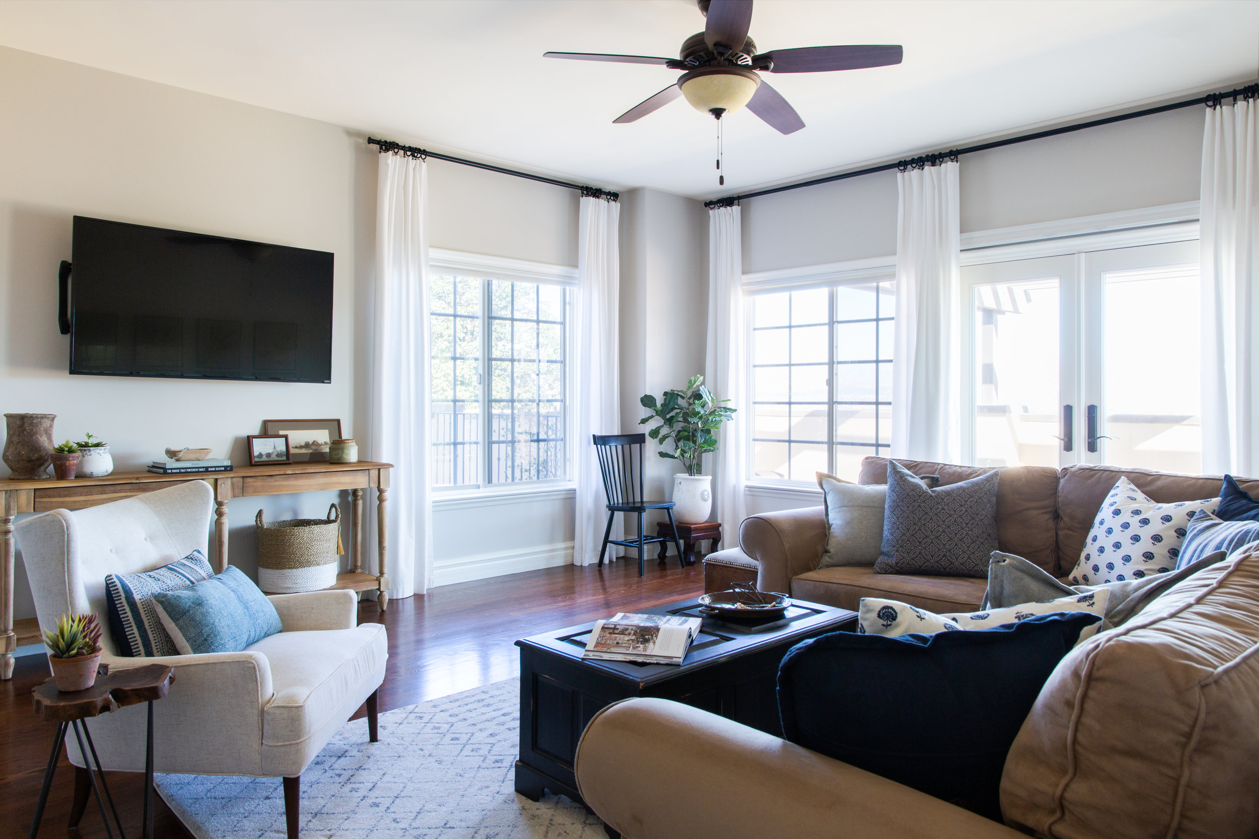 Riverrun Lounge Refresh - Sundling Studio - Interior Artistry and Design in California.