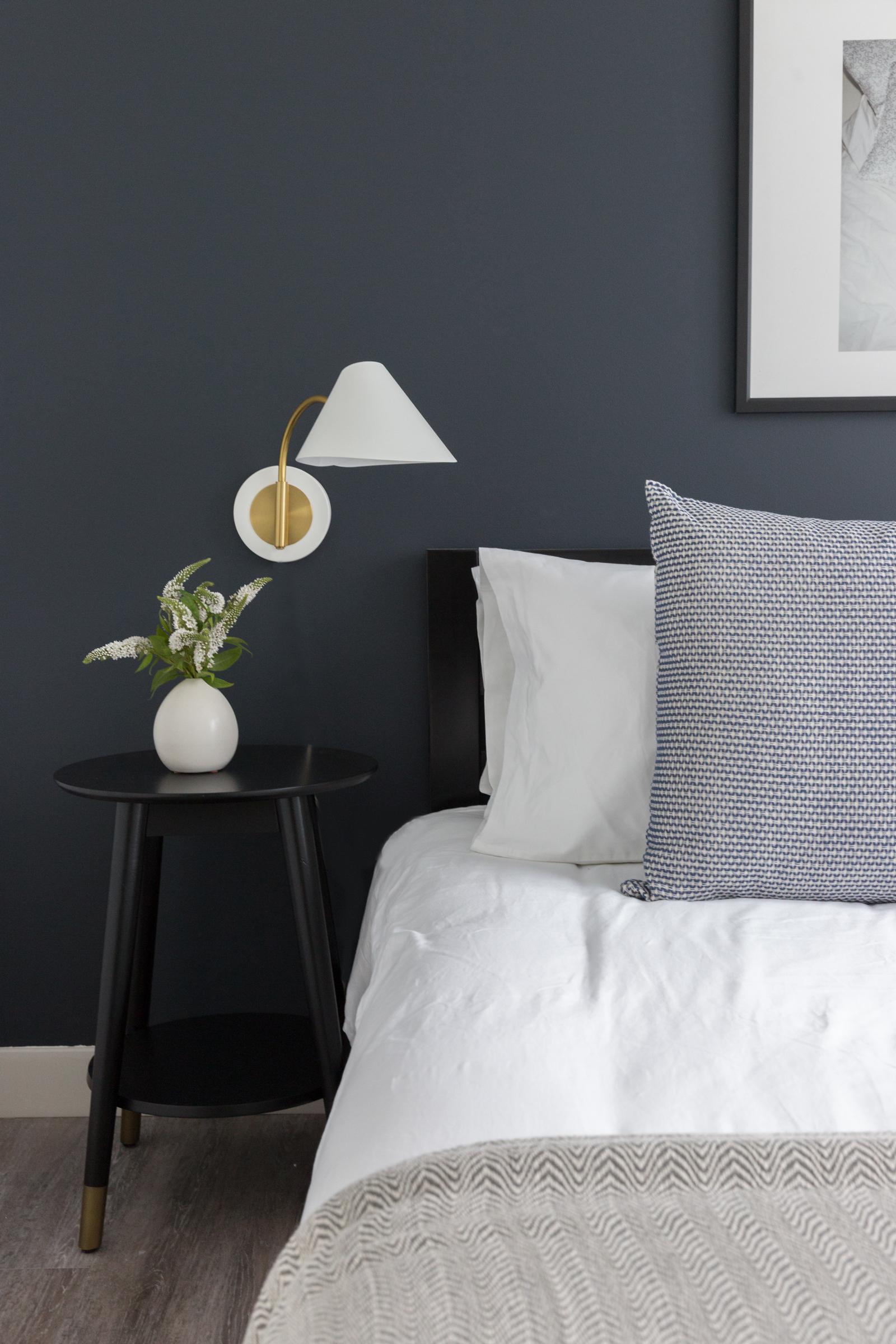 Sonder Rentals - Bedroom -