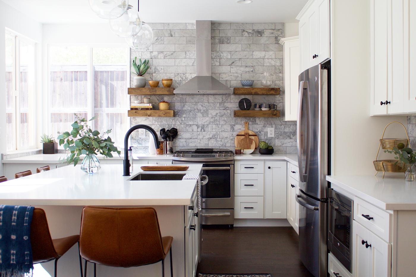 Modern ranch kitchen -