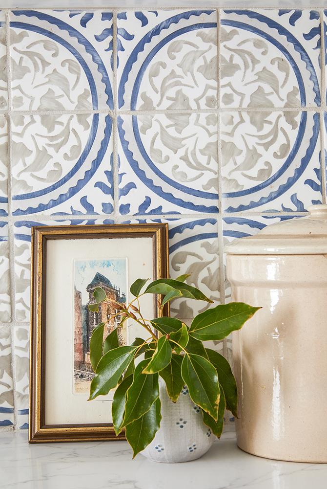 Modern Spanish kitchen interior design project by Sundling Studio located in California.
