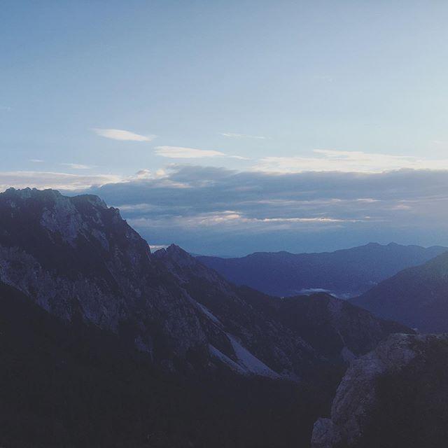 Good morning #slovenia  #wonderful #mountain view for new @niveamen_de #campaign . . . . . . . . . . . . #nature #earlybird #view #sunrise #sky #photographer #advertising @nivea_de #travel #landscape