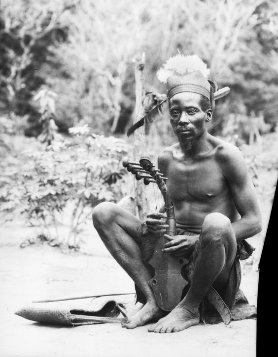 A photograph taken in west central Africa by the Herbert Lang expedition to the Congo, 1913.