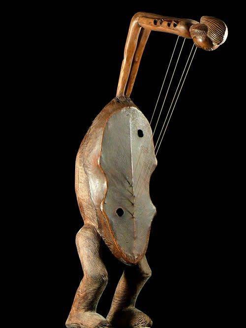 Punu harp from Gabon.