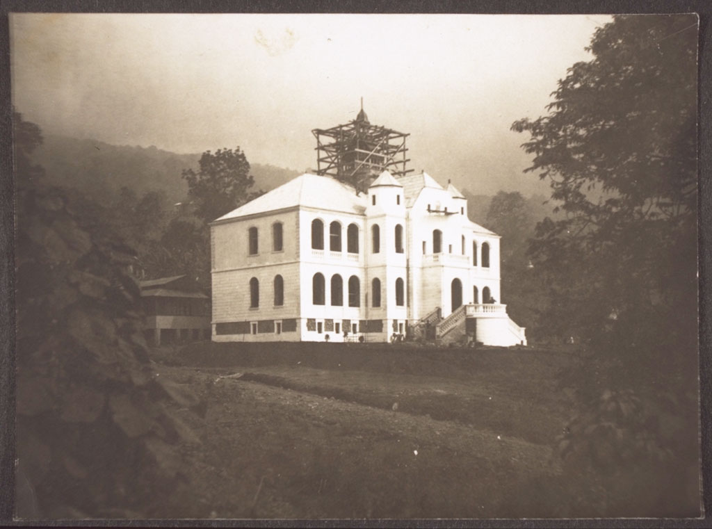 The governor's residence in Buea, Cameroon, in the 1880s.