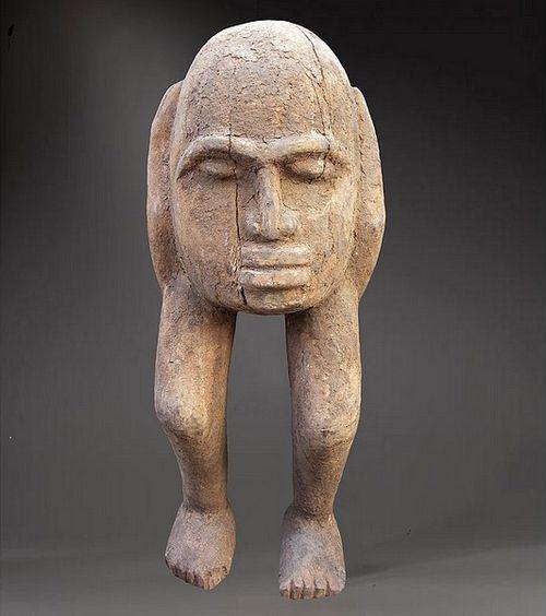 A  bateba  figure of the Lobi tribe of Burkina Faso. These figures serve as intermediaries between protective spirits and men.