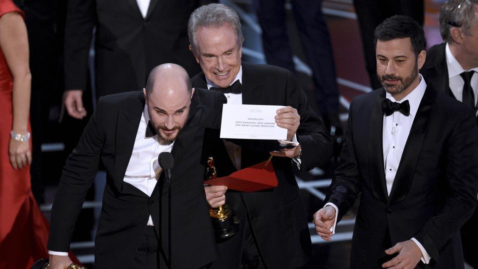'La La Land' Producer Jordan Horowitz confirming 'Moonlight' is actually the Best Picture winner.