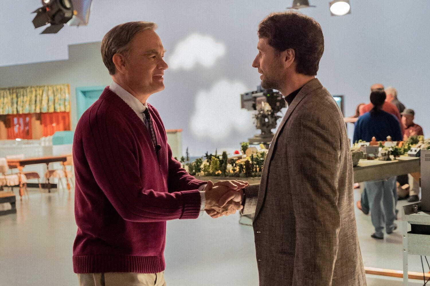 Glass half full meets Glass half empty when Rogers (Tom Hanks) meets Vogel (Matthew Rhys)