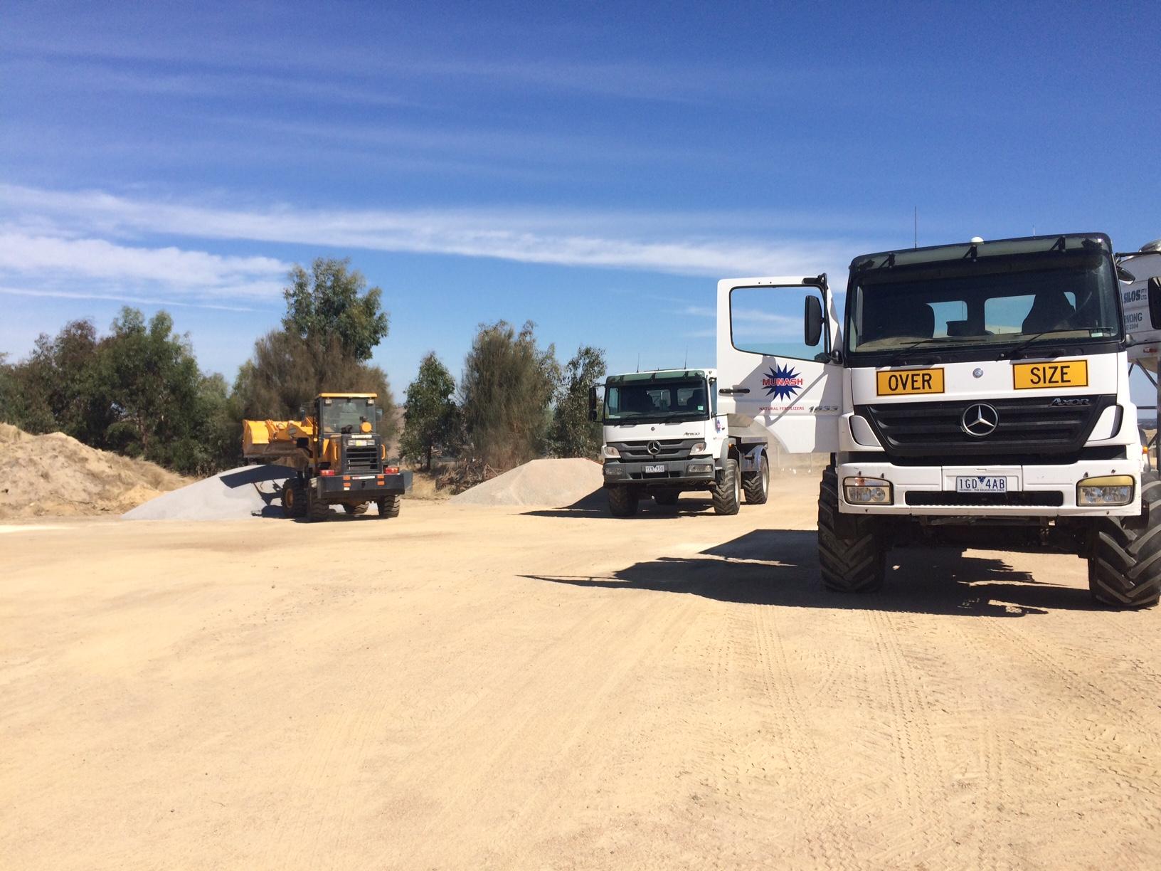 Loading of fertilizer onto the spreader truck