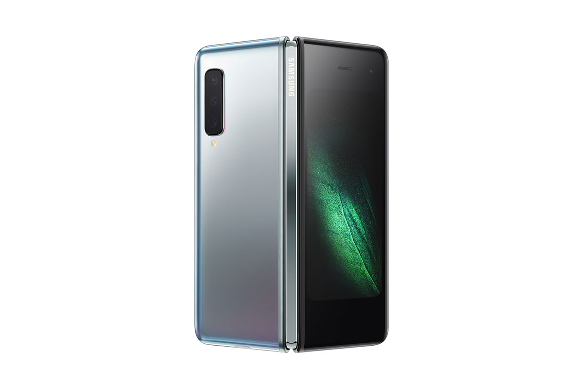 Samsung Galaxy Fold สำหรับ T-Mobile สีตัวเครื่อง Space Silver และสีบานพับ Dark Silver