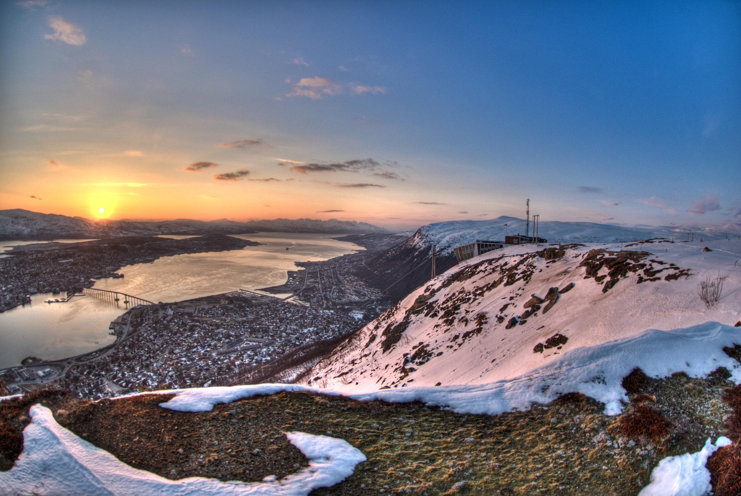 Midnight sun over Tromsø, taken with the Nikon D200.