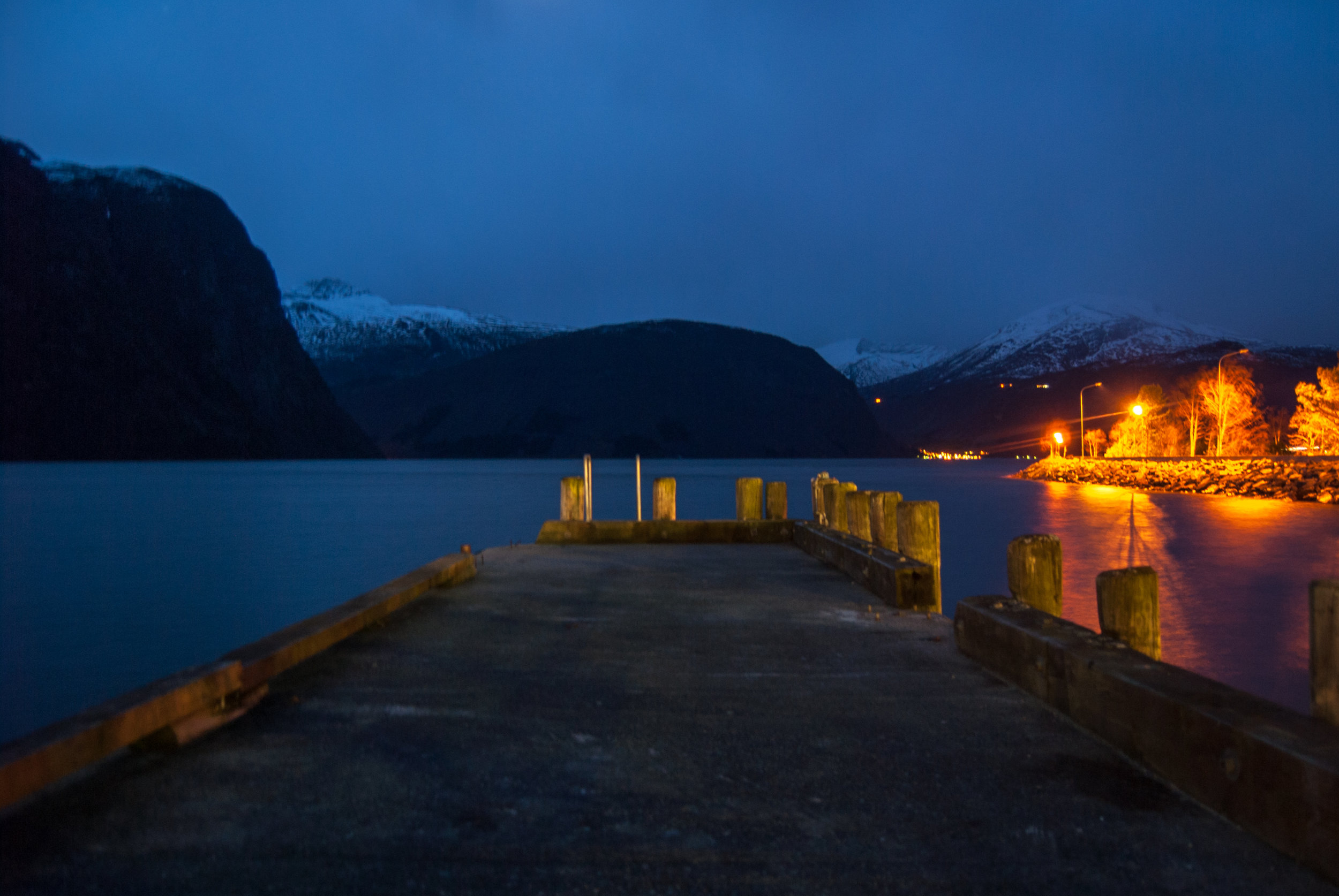 The harbor in Valldal, looking towards the fjord. Nikon D200.