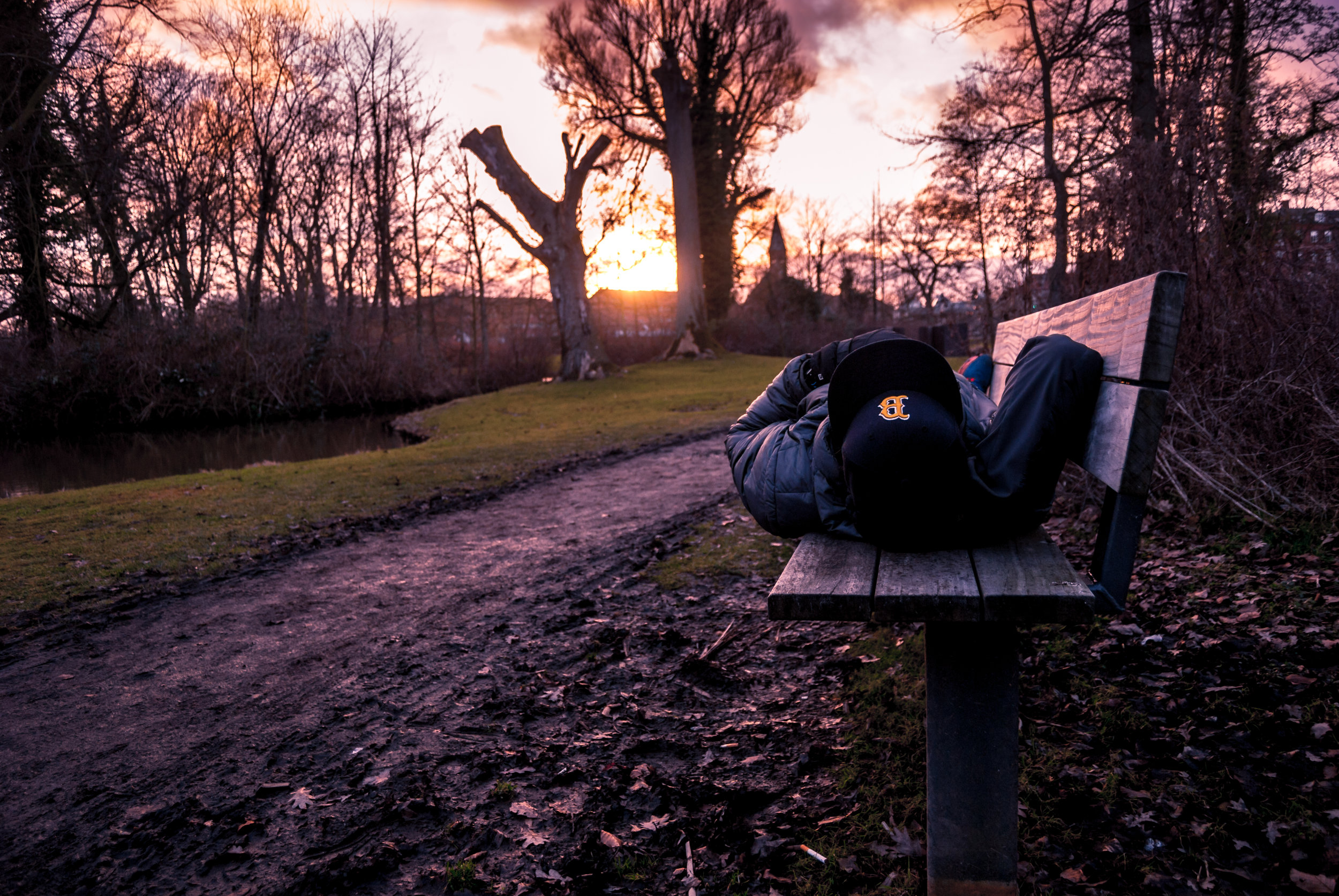 Sunset in Odense after yet another lifting session. I love to be outside in the fresh winter air. Nikon D200.