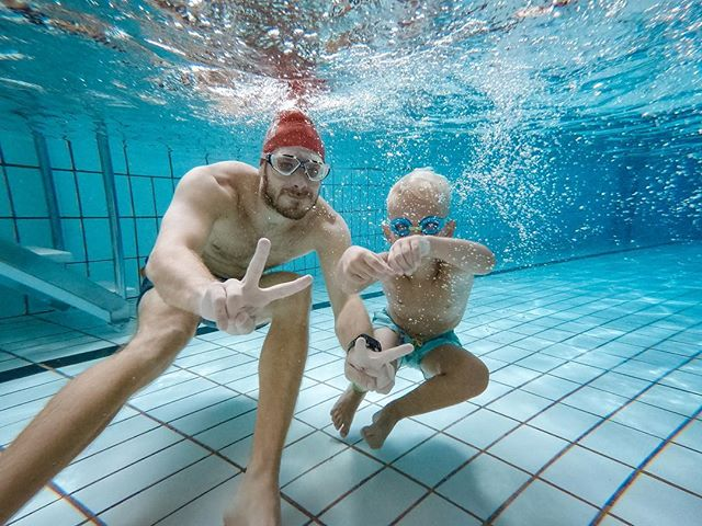 It feels so good to swim again, but man am I out of swimming shape! Two small sessions today, one run with Amalie and one swim/play session later in the day. . . #swimming #Triathlon #Triathlontraining #TriathlonDK #TriNorge #Swimbikerun #Tri365 #Triatlon #Trening #swimhappy #denmark #træning #3athlonlife #intervals #swim #swimmingpool #swimmers #googles #crawl #swimrun #openwaterswimming
