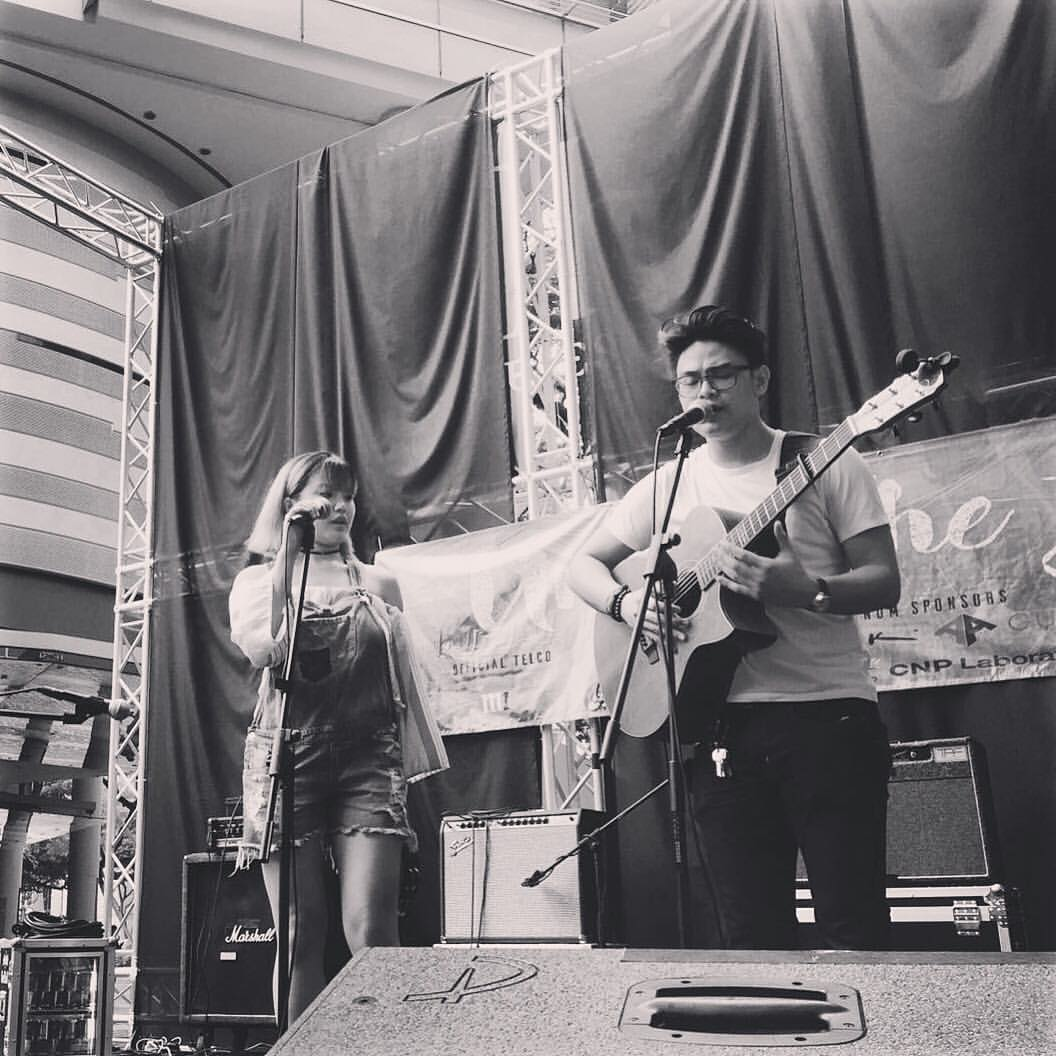 Performing with Clarence Liew at the 'Under The Stars' event presented by SMU.