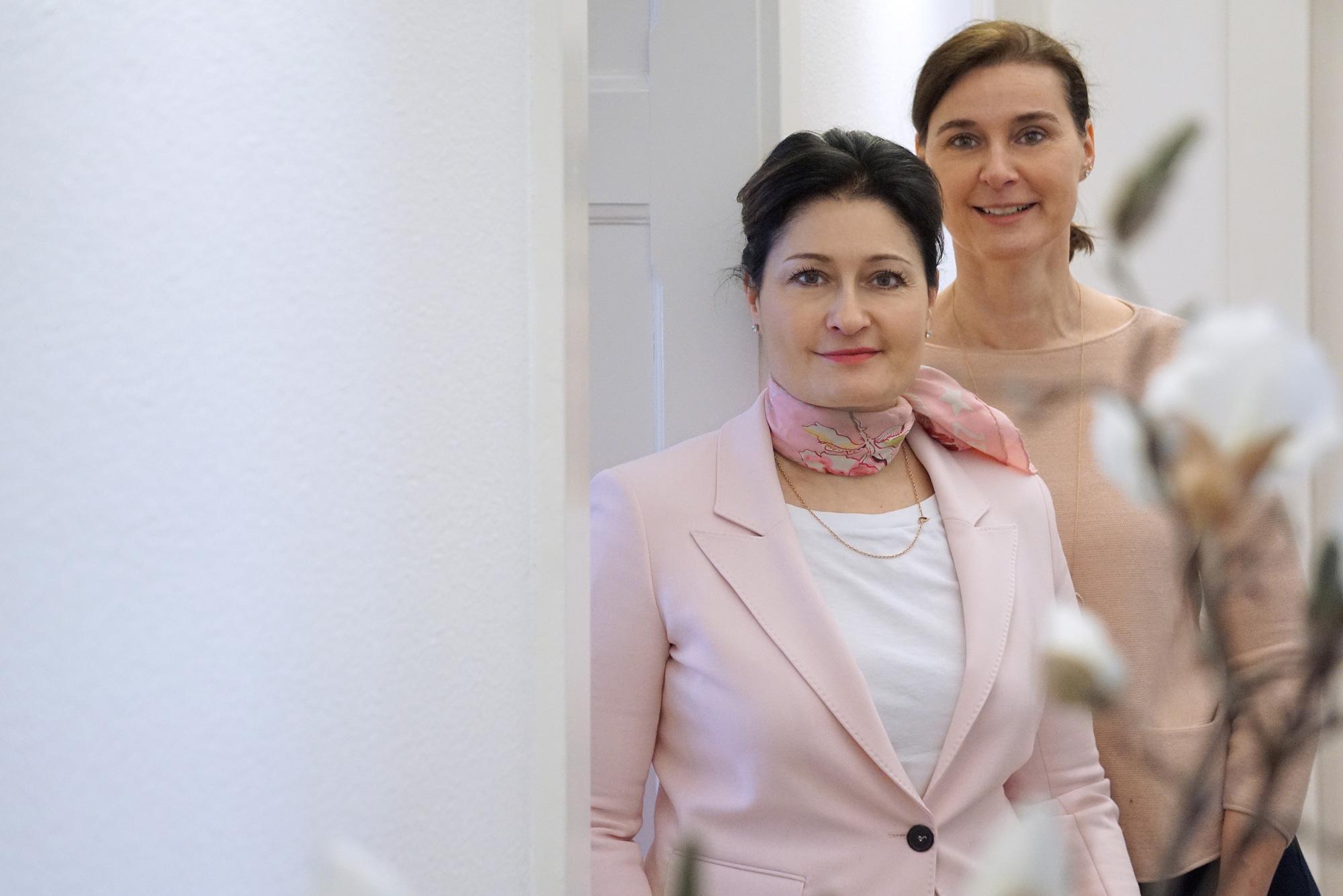 Caroline & Marie-Claire Steffen