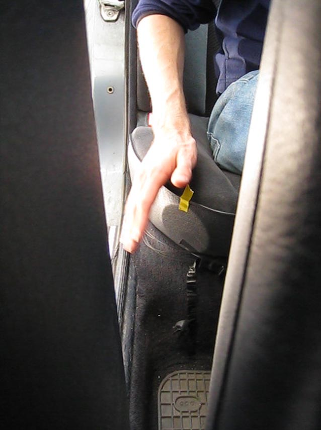 rechter-ruc2a6ecksitzsensor.jpg
