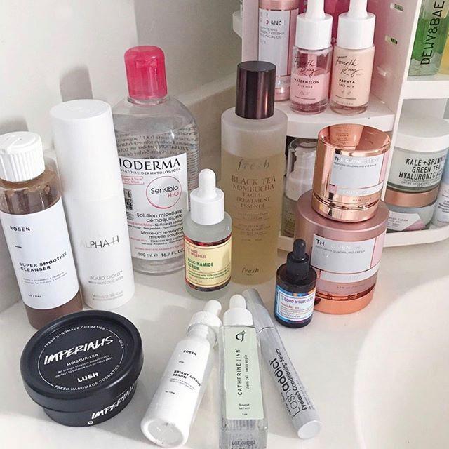 Morning routine? Lashaddict. Night routine? Lashaddict. ✨ @karrialice using our Lashaddict Eyelash Conditioning Serum. Tap to shop!