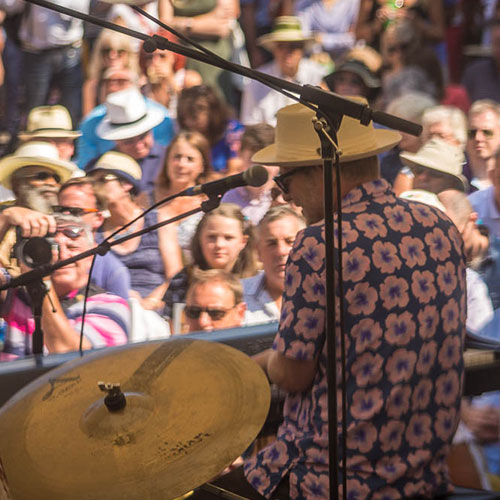 Mayfield-sussex-hop-gin-at-the-rye-jazz-+-blues-festival-2018.jpg