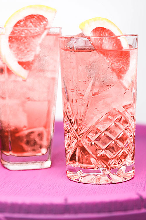 Gin-cocktail-hoxton-pink-pink-gin-and-tonic.jpg