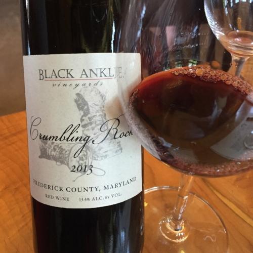 2013-Black-Ankle-Vineyards-Crumbling-Rock.png