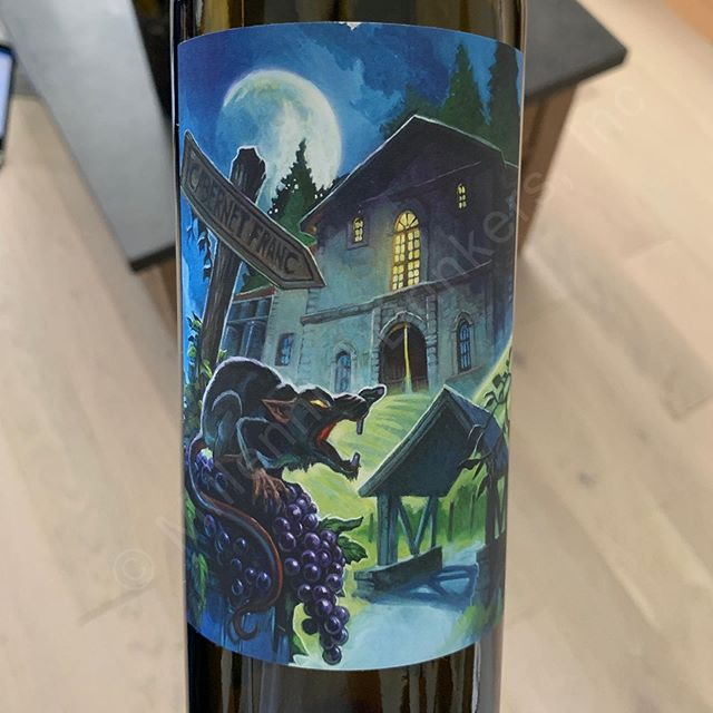 We hope everyone is ready for an excellent night and a Happy Halloween! Always fun to drink a themed bottle for the holidays. What are you guys drinking tonight? _______________________________________ 2017 @florasprings All Hallows' Eve Cabernet Franc _______________________________________ Rutherford, Napa Valley, North Coast, California, United States of America _______________________________________ Deep ruby red. Dark spices on the nose with black cherries, plums and a little bit of toastiness. Medium tannins (6/10) and a medium to medium plus body. Good structure on the palate with black cherries and light baking spices. Medium plus length finish. Drink till 2024. _______________________________________ Made up of 100% Cabernet Franc from a single block on the Komes Ranch in Rutherford. Aged for 21 months in a mix of French and American oak barrels. Only 330 cases produced. Label designed by comic book illustrator and graphic novelist, Steve Ellis. _______________________________________ 91 MD Points _______________________________________ $$ - Sample provided by the estate. Retail price is $60.00. _______________________________________ #halloween #allhallowseve #cabernetfranc #redwine #halloweenwine #rutherford #redwines #wine #wines #napavalley #florasprings #winegasm #wineporn #winestagram #winesofinstagram #winelover #winelovers #winerylovers #91MDPoints #MillennialDrinkers