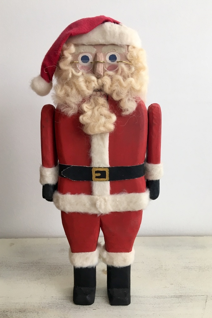 Classic Santa  : To add this piece  to your collection, you can email us through the contact page.