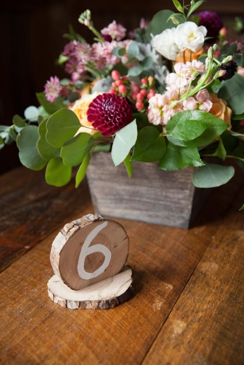 Pine & Petal Flowers - Gorgeous Center Pieces!