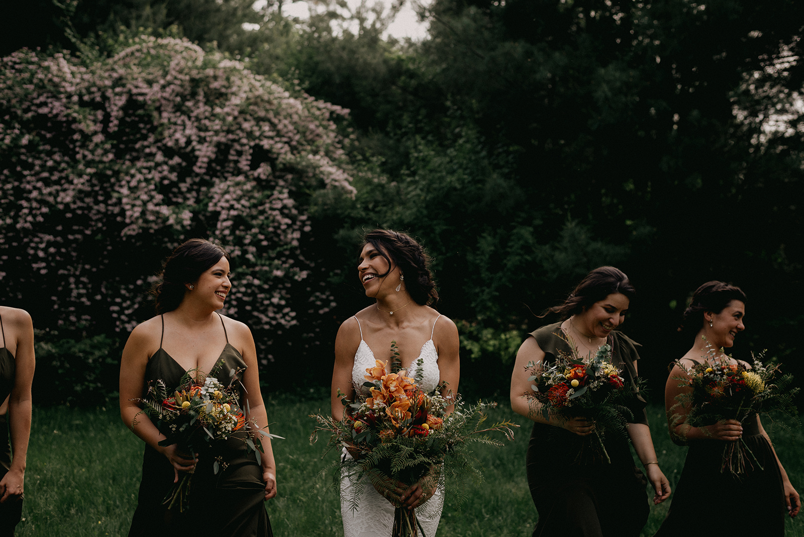 What a beautiful bride with all her ladies! -Pearl Weddings & Events