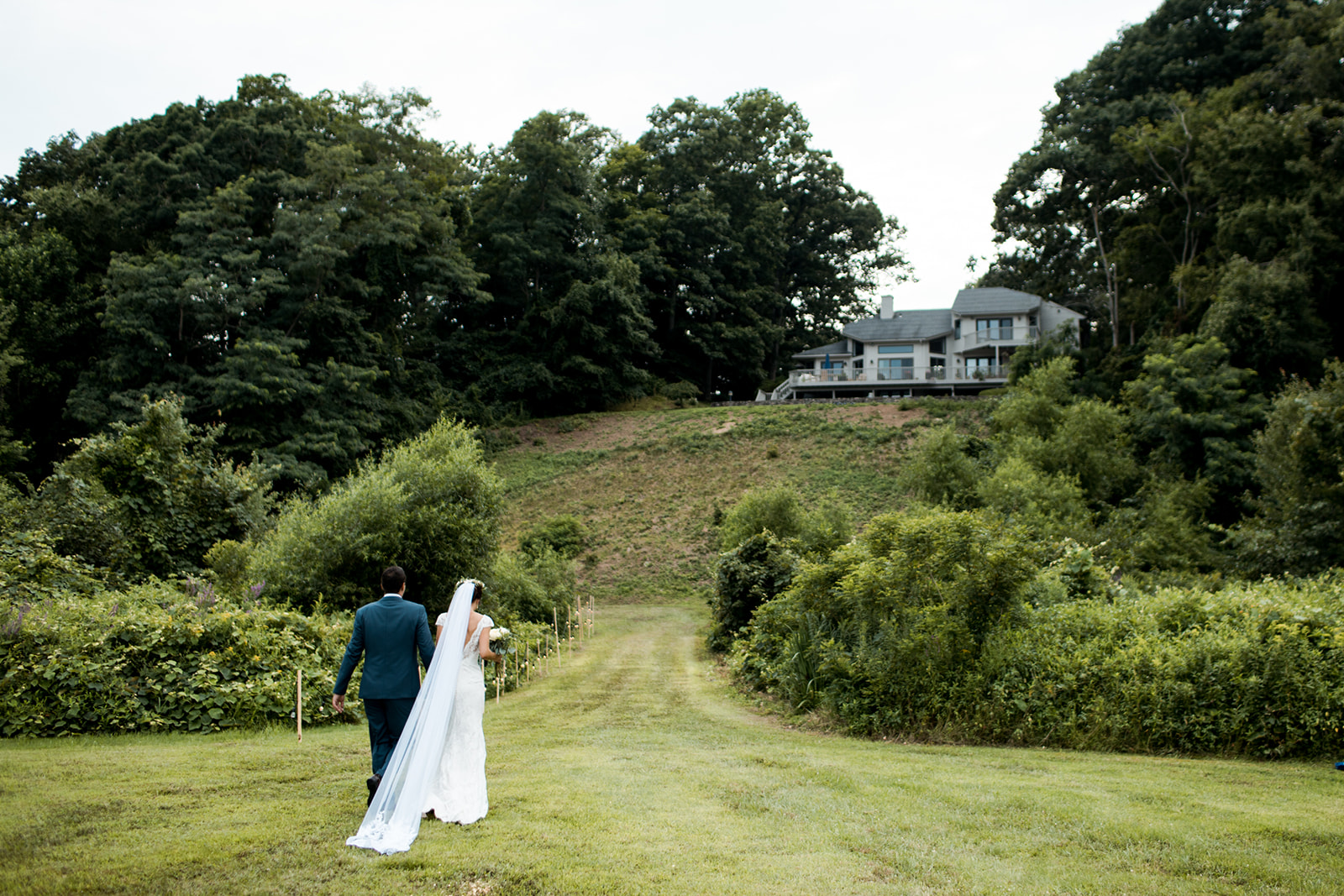 Chester, Connecticut home wedding - Pearl Weddings & Events