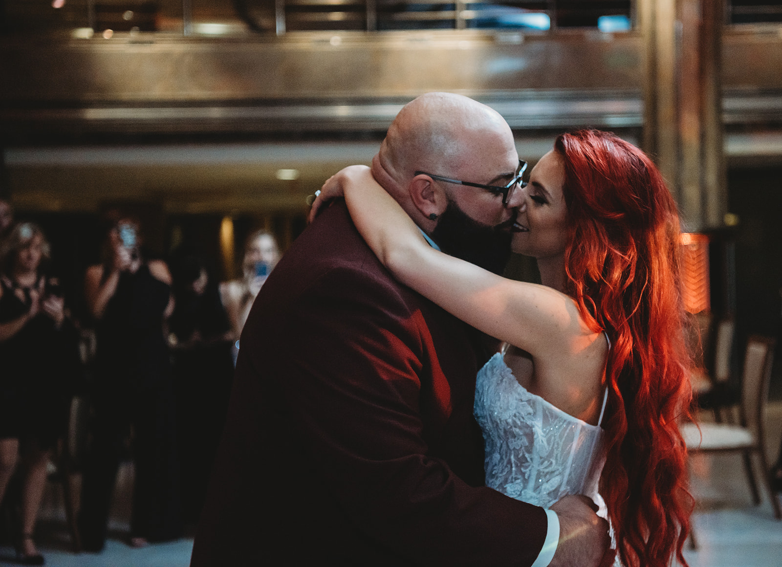 First dance kisses with the bride and groom in hartford connecticut - Pearl Weddings & Events