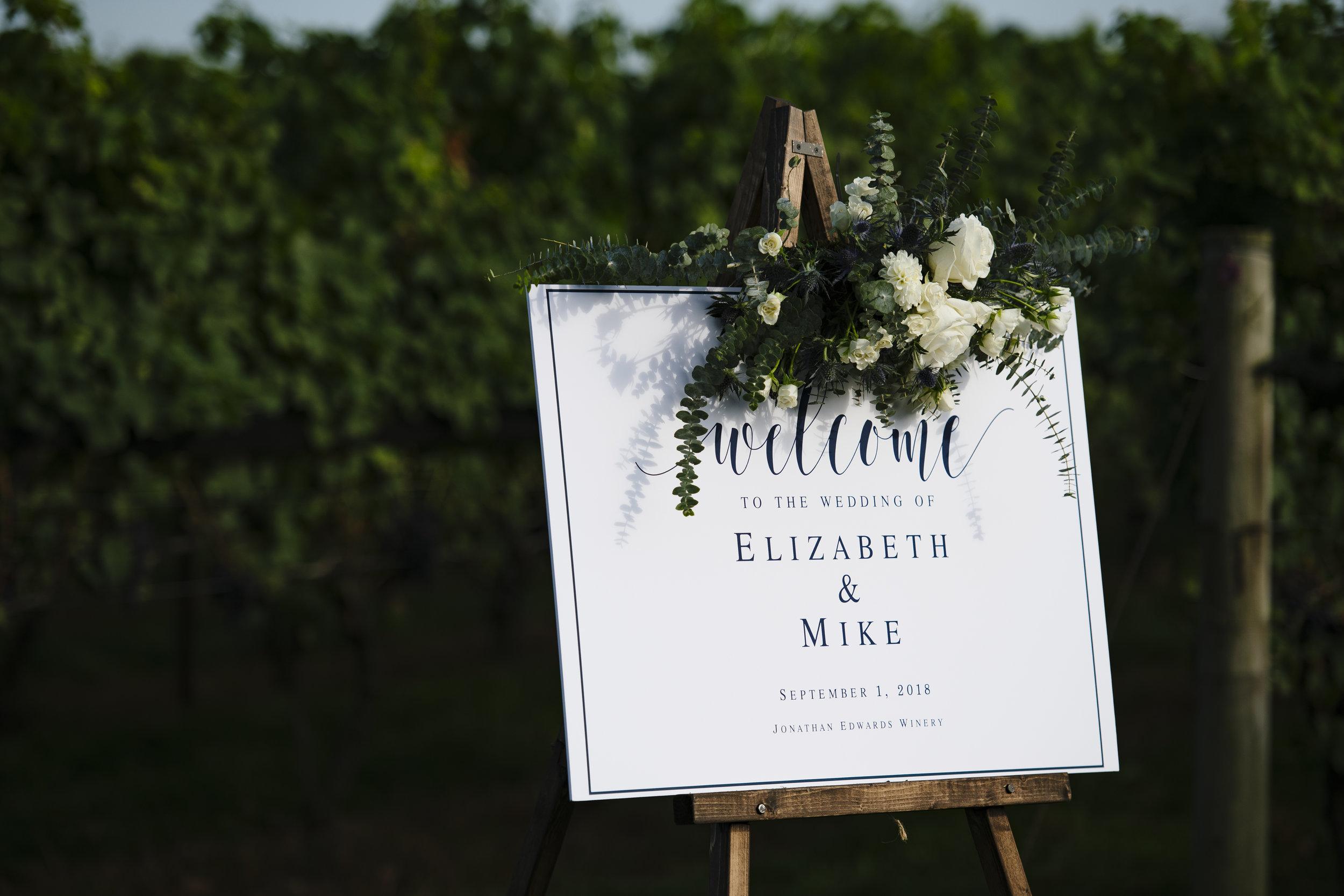 Jonathan Edwards wedding welcome sign - Pearl Weddings & Events