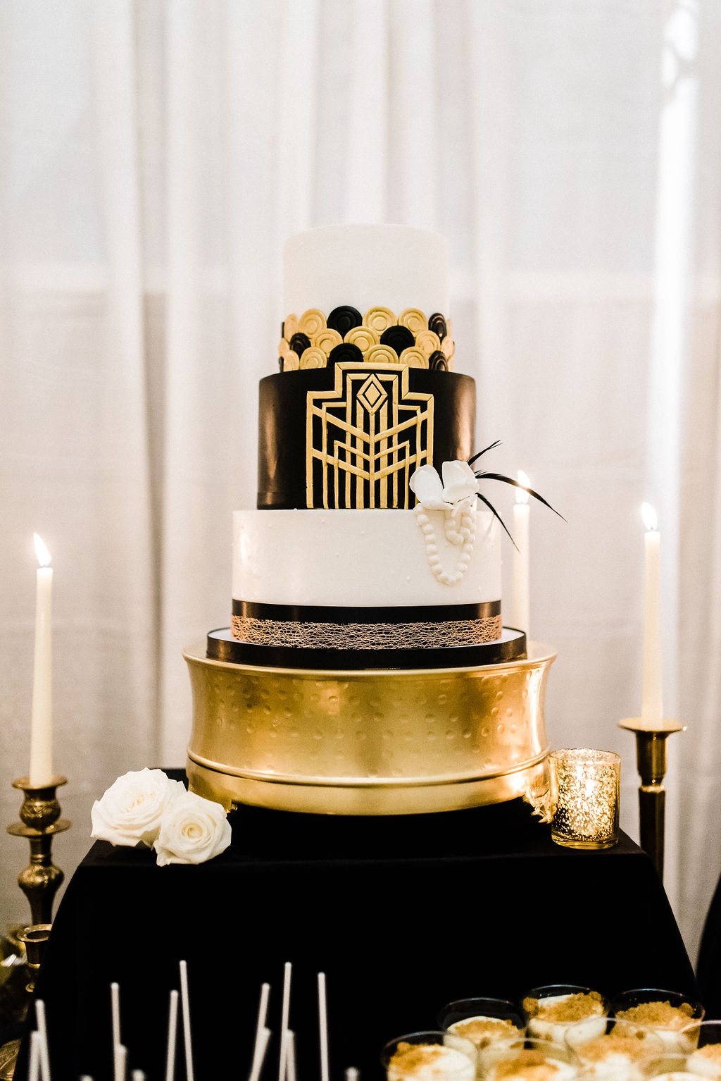 Great Gatsby themed cake for Melanie & Tyler Anderson's wedding - Pearl Weddings & Events