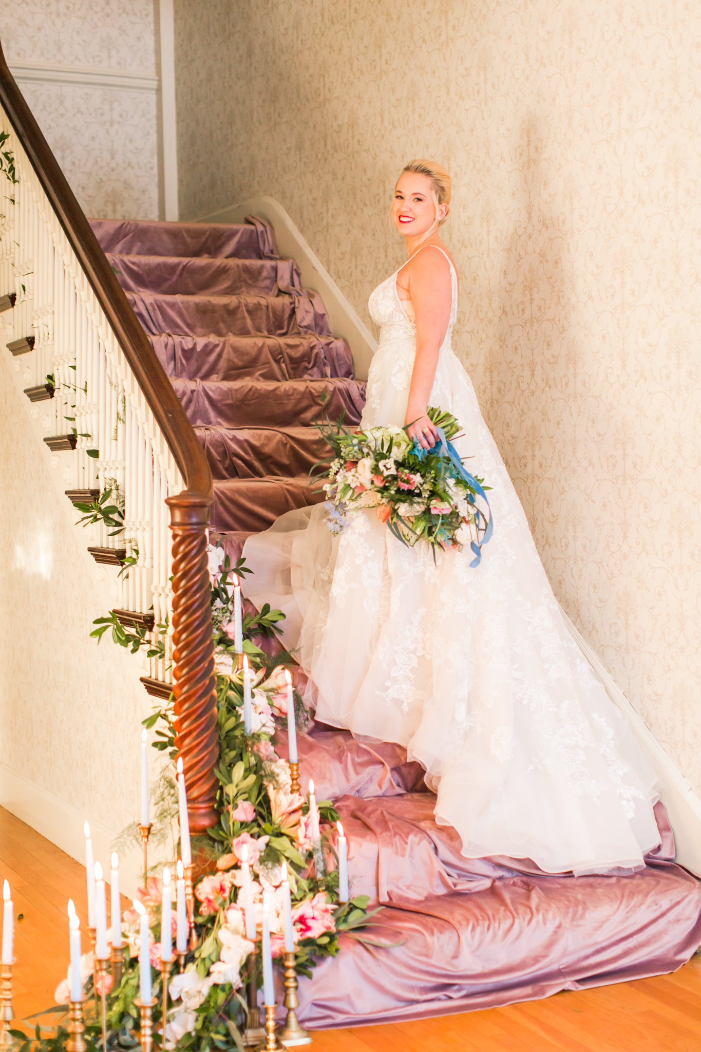 Haley Mansion Winter Wedding - Shaina Lee Photography-143.jpg