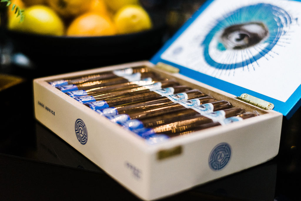 Great Gatsby wedding cigars for cocktail hour - Pearl Weddings & Events
