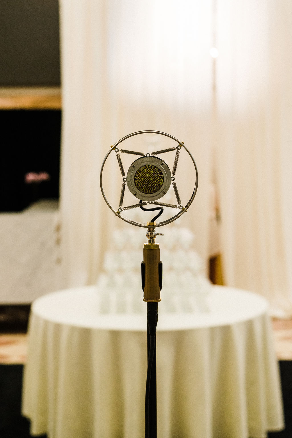 Glen Crytzer's 1940's band for a Great Gatsby themed wedding - Pearl Weddings & Events