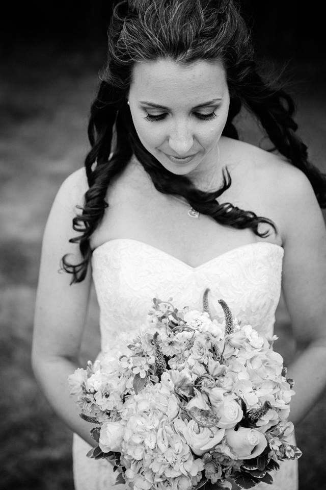 Photo cred:  Michael Blanchard Photography    Florals:  Flower Studio