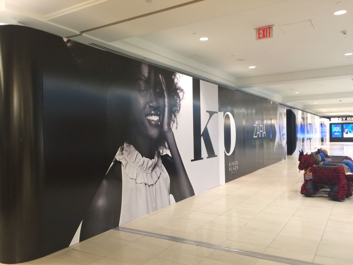 Wall mural in mall