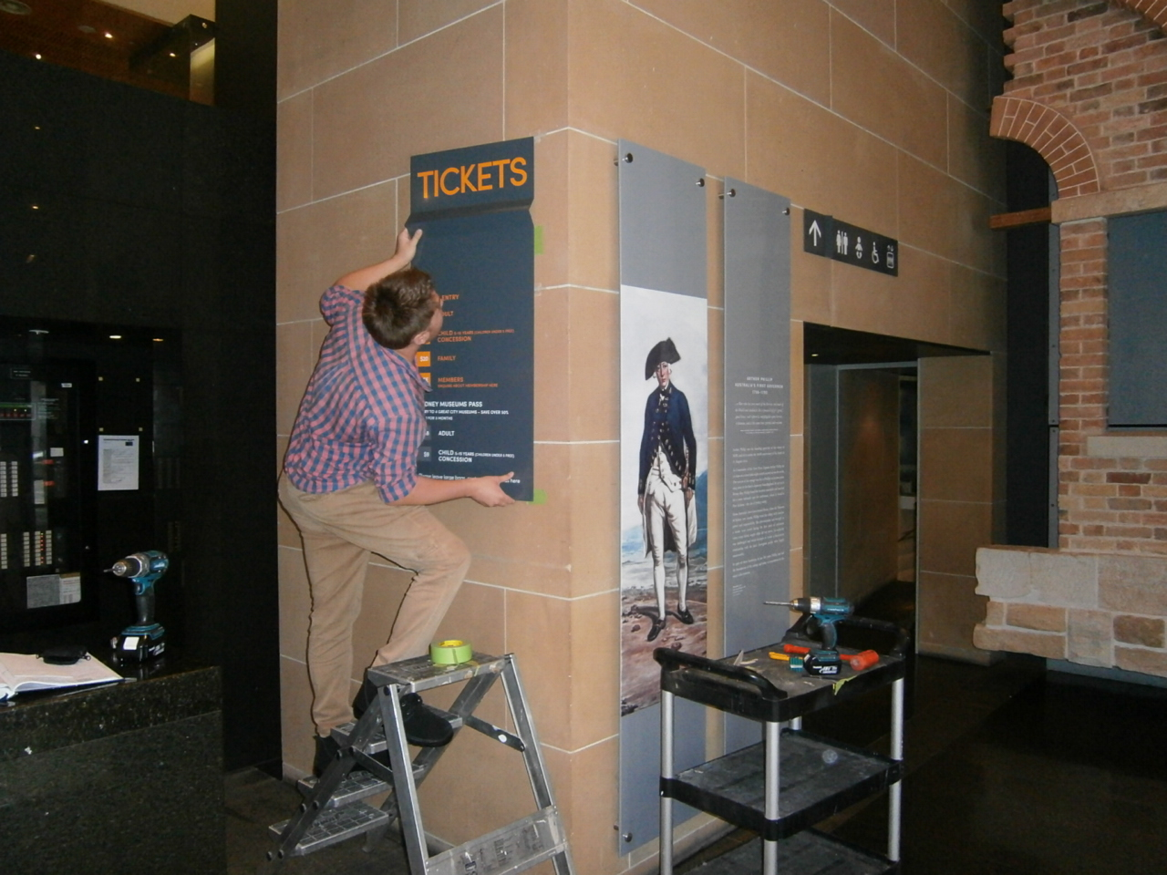 Museum sign install