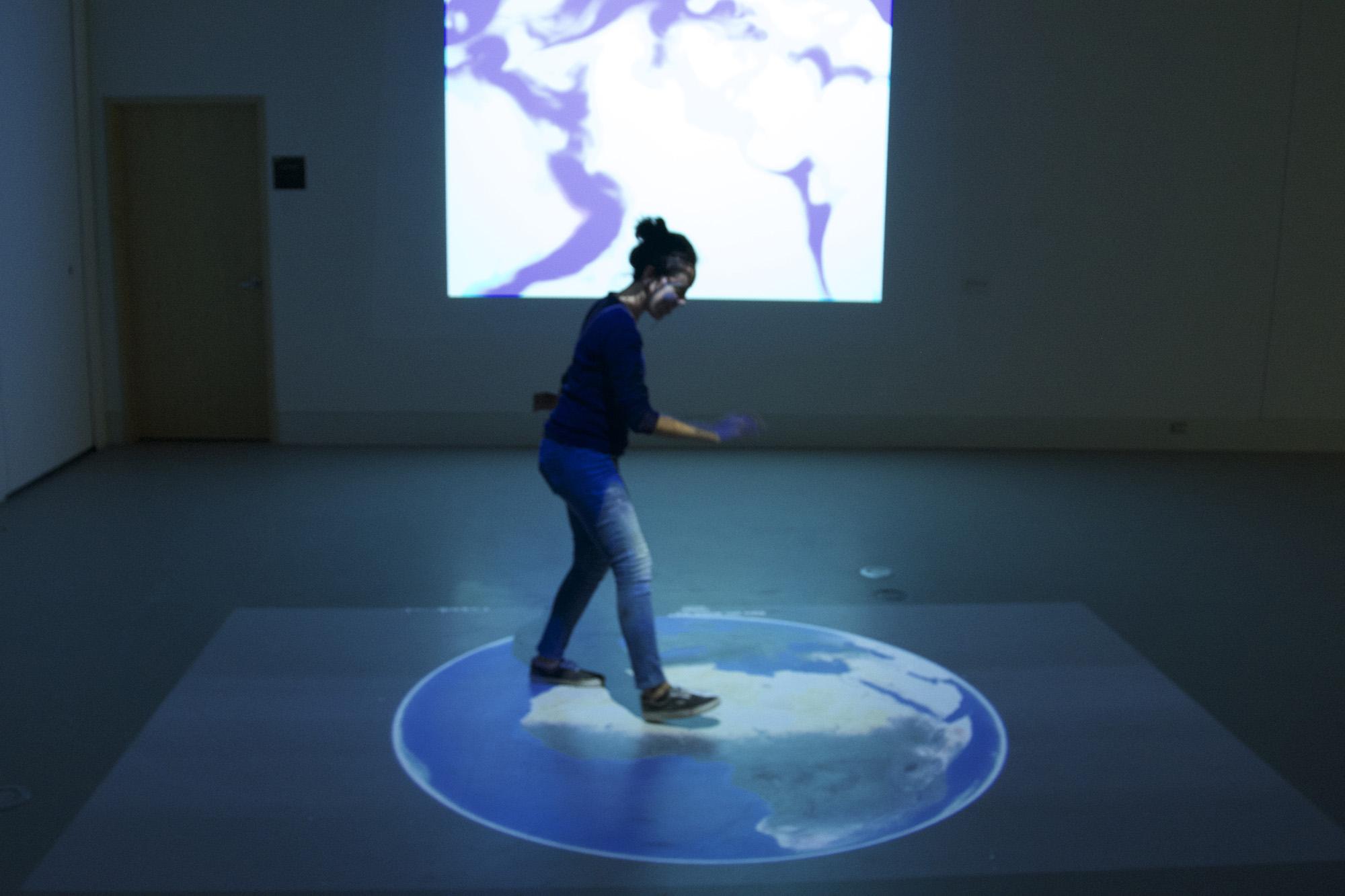 Exposition à la Galerie R3, Trois-Rivières, 2015 (En collaboration avec Emmanuelle Hoarau et Sébastien Cossette)