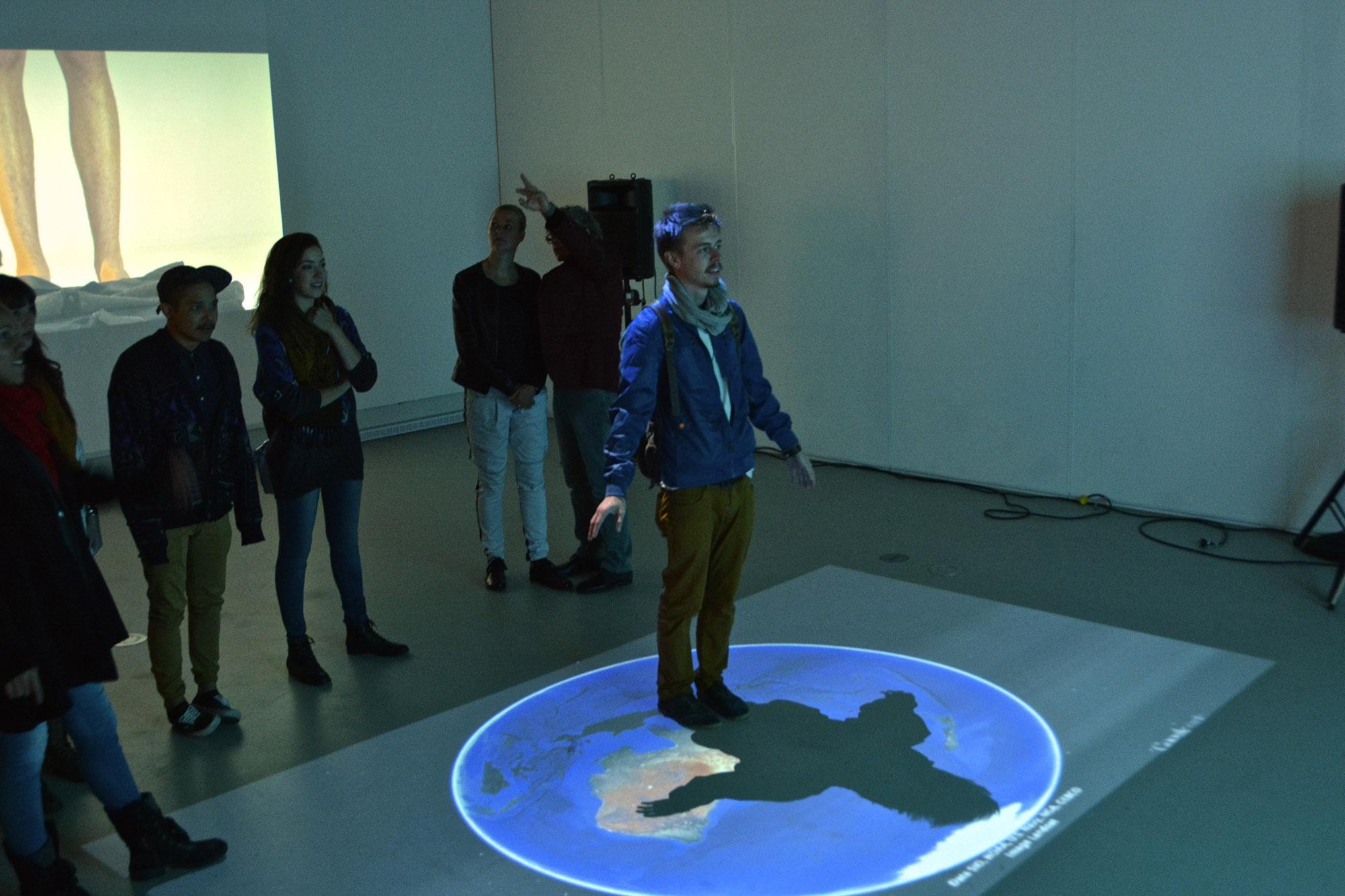 Exhibition at the Galerie R3, Trois-Rivières, Qc. 2015  (In collaboration with Emmanuelle Hoarau and Sébastien Cossette)