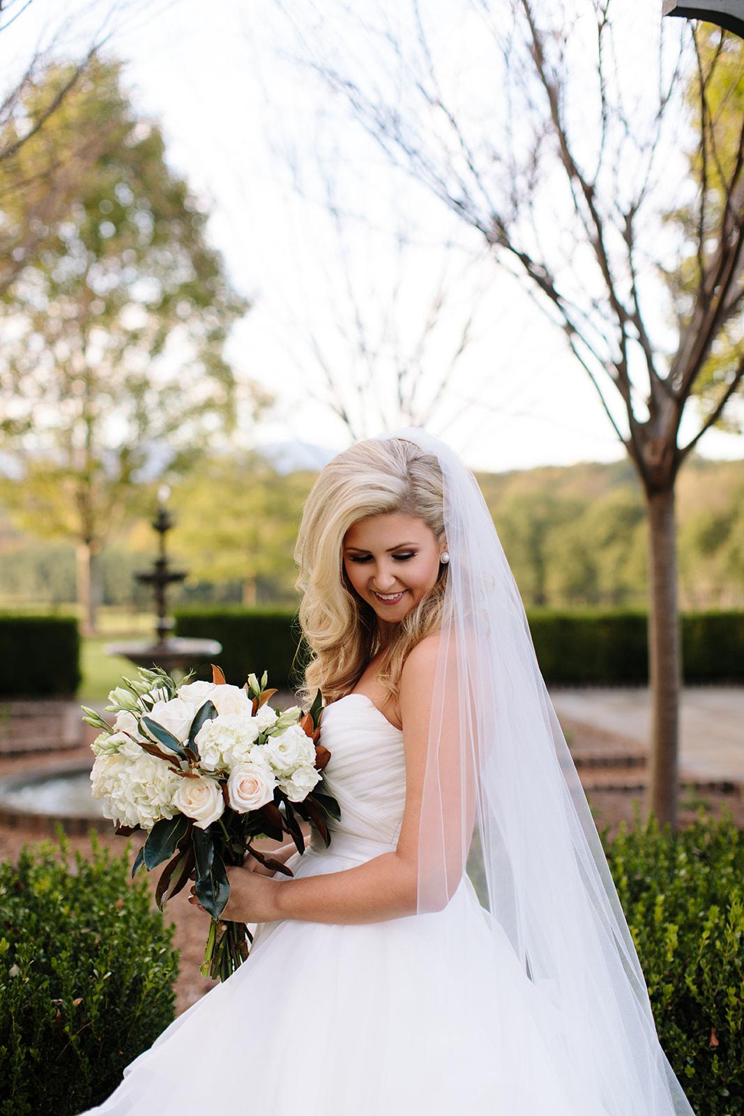 Leanna_Bridals-130_websize.jpg