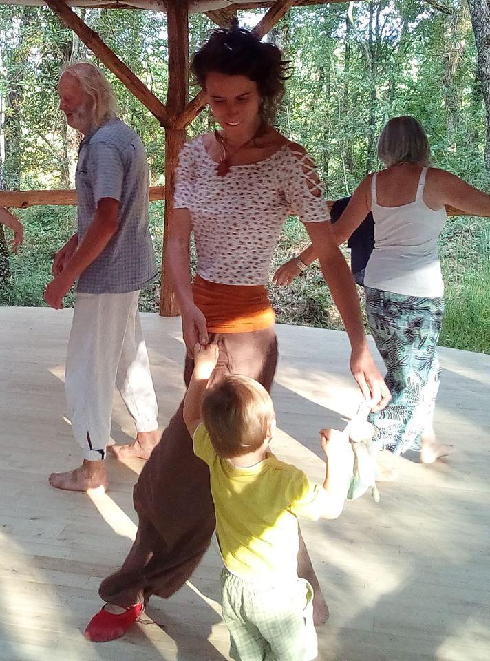 danse parents enfants.jpg