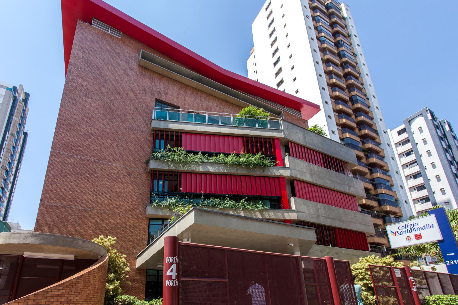01_ColegioSantaAmalia_PauloSophia.jpg