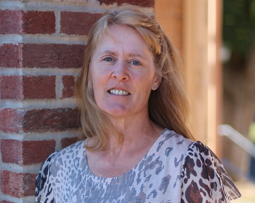 Laurie+resized.jpg